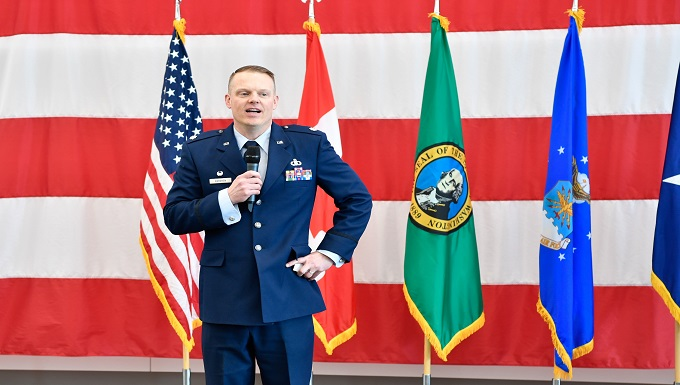 Bergren assumes command of the 225th Air Defense Squadron