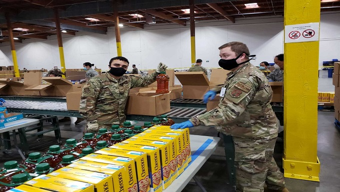 WADS Airmen support Food Lifeline COVID Response Center